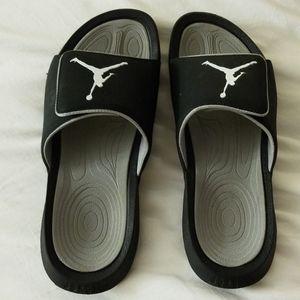 Jordan's black sandals size 9